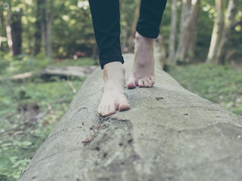 piedi scalzi